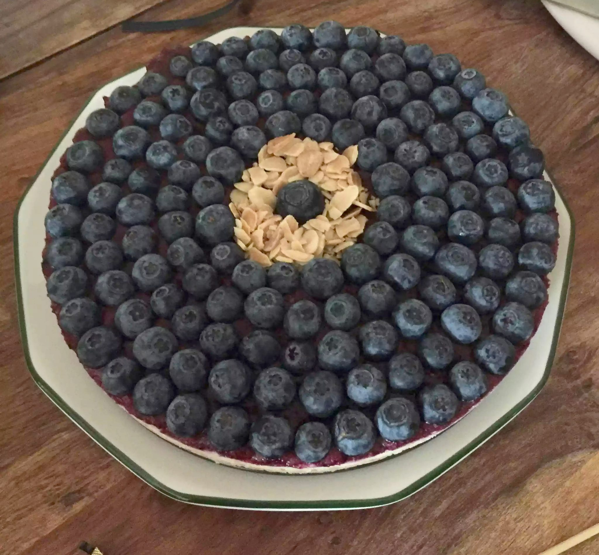 Blueberry Cheesecake Cashew Cheese Forest Fruits Raw Paleo SCD Clean Eating Dates Nuts Coconut Oil Honey