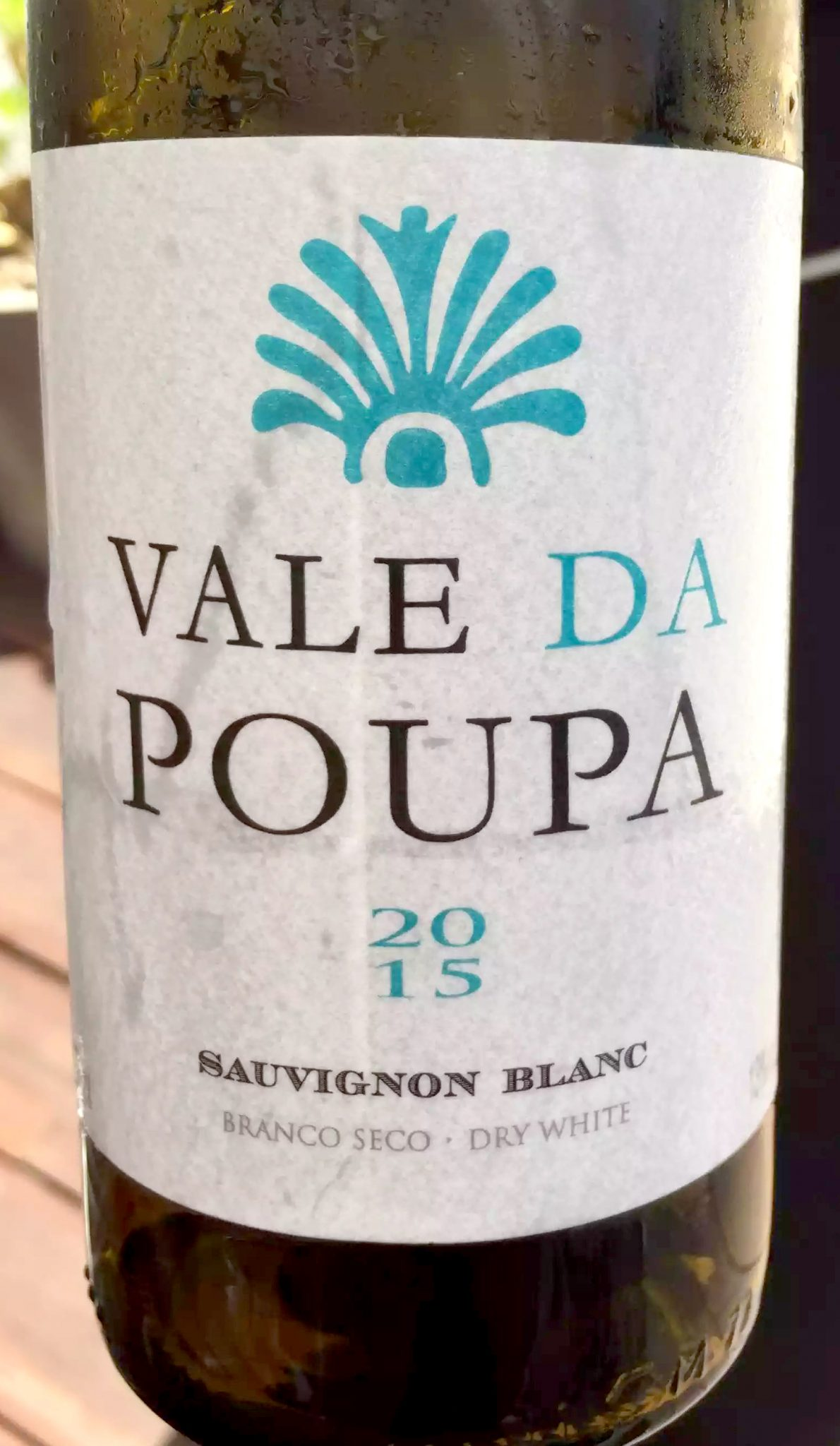 Bovino Love Brunch Quinta do Lago Algarve Portugal Pool Party Vale da Poupa Sauvignon Blanc