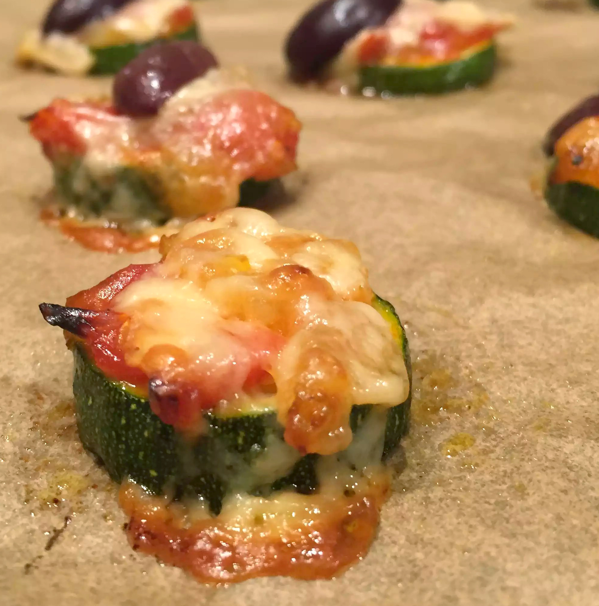 Courgette Pizza Bites Cheese Tomato Olive Appetiser - SCD Paleo Clean Eating, Grain-Free Gluten-Free