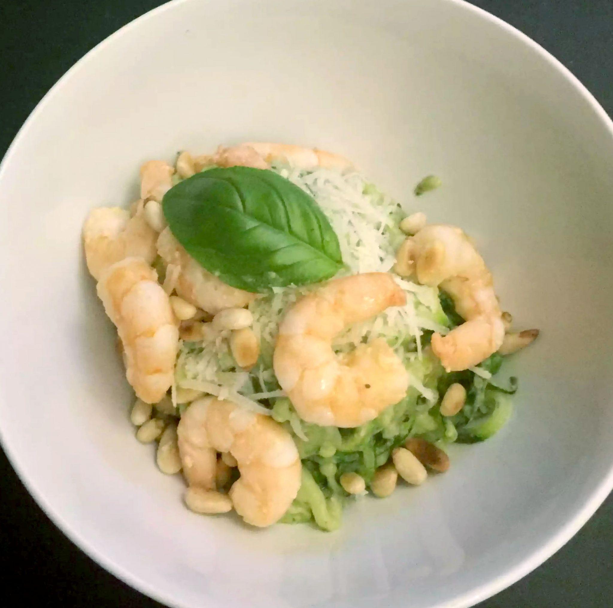 Courgetti Spaghetti Avocado Pesto Prawns Basil Parmesan Pine Nuts Clean Eating Healthy Fats Grain-Free Gluten-Free Paleo SCD