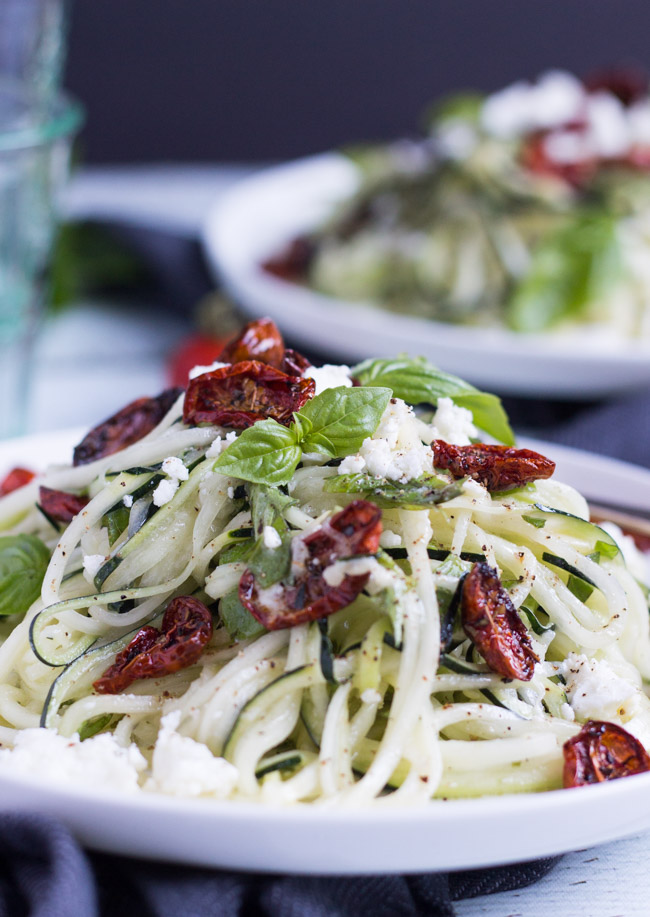 Lemon-Feta-Zucchini-Noodles-4