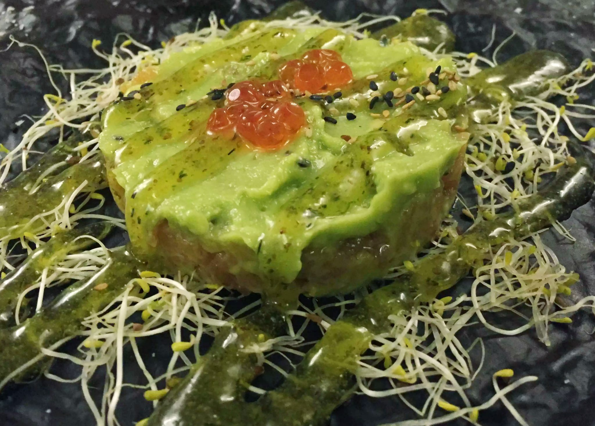Enoteca MF Cadaques by Emma Eats & Explores - Restaurant Review - Tapas - Catalonia - Spain - Salmon Tartare with Guacamole