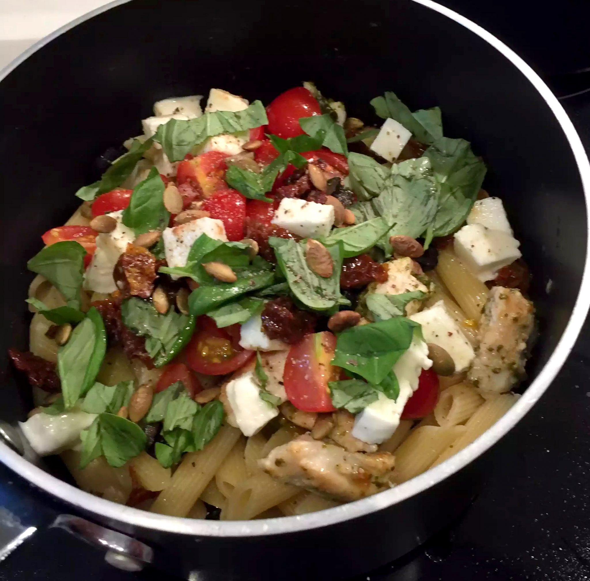 Caprese Chicken 'Pasta' with Courgetti Spaghetti - Emma ...