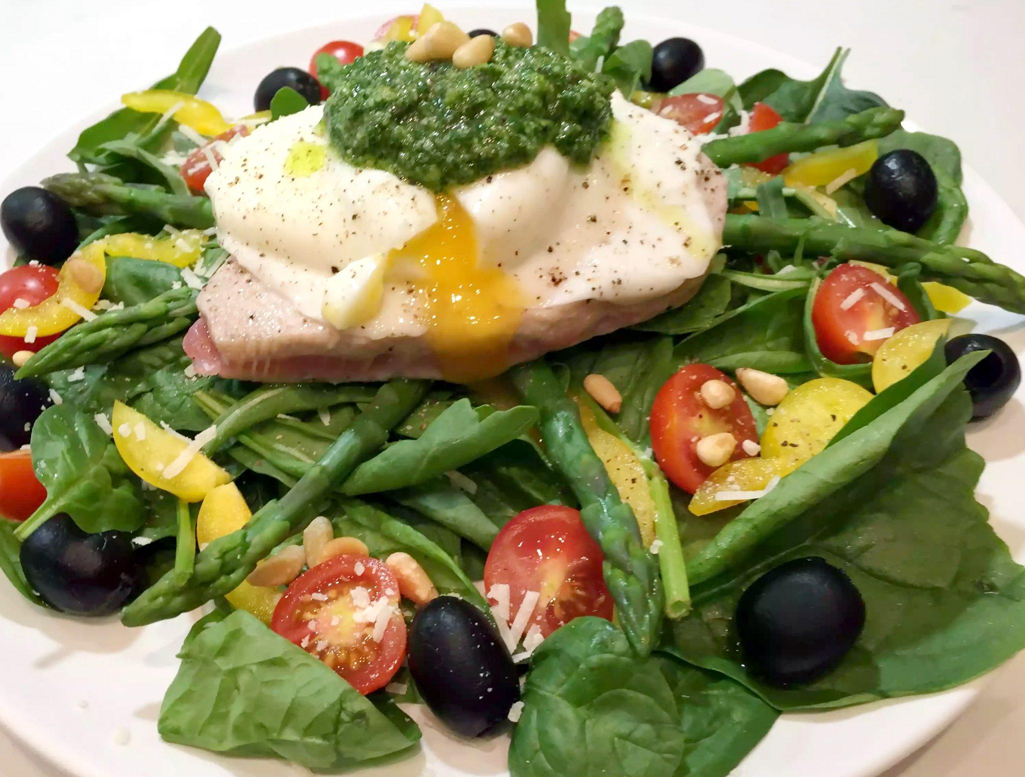 Seared Tuna Nicoise Salad - Emma Eats & Explores
