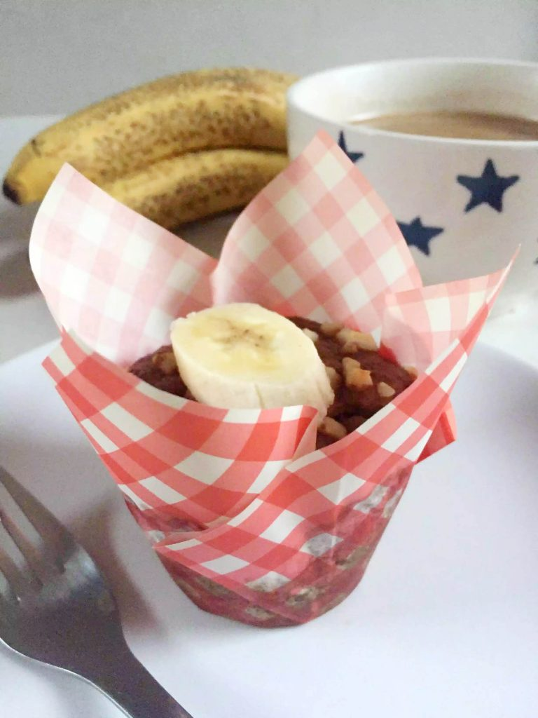 Banana Cinnamon Breakfast Muffins by Emma Eats & Explores - Grainfree, Glutenfree, Refined Sugarfree, Dairyfree, Paleo, SCD, Vegetarian, Low Carb