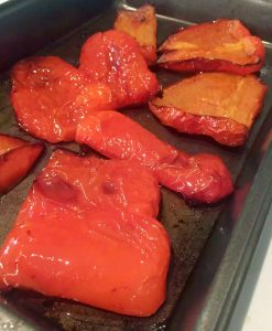 Roasted Red Pepper Houmous (Roasted Capsicum Hummus) by Emma Eats & Explores - Grainfree, Glutenfree, Refined Sugarfree, Dairyfree, SCD, Vegan, Vegetarian & Low Carb