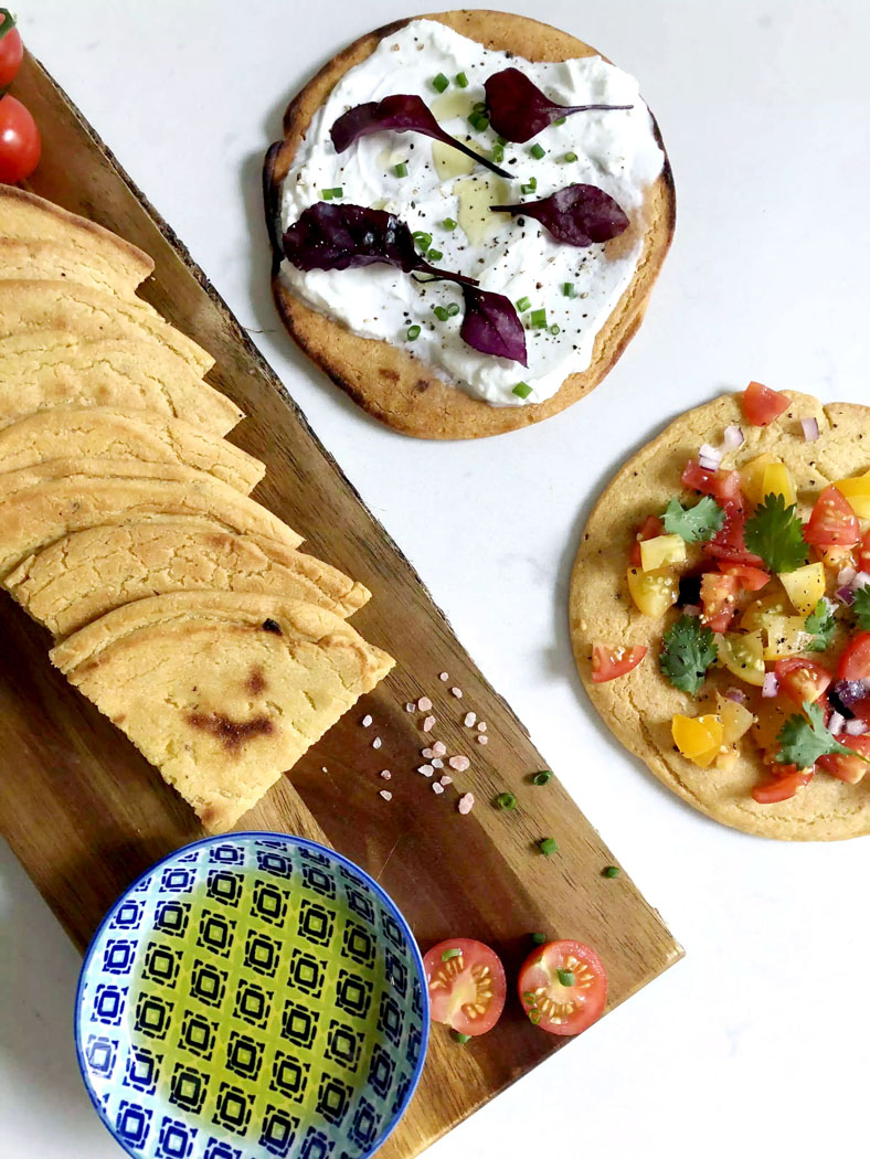 Socca Flatbreads by Emma Eats & Explores - Grainfree, Glutenfree, Refined Sugarfree, Dairyfree, Low Carb, Vegetarian & Vegan