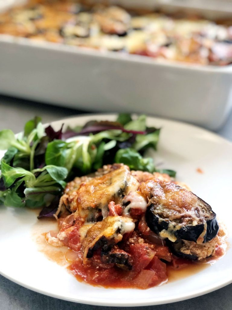 Melanzane Parmigiana (Eggplant Parmesan) by Emma Eats & Explores - grainfree, glutenfree, sugarfree, paleo, Low Carb & Vegetarian